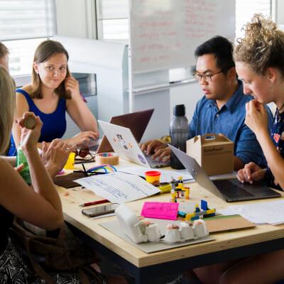 意味のあるミーティングにしよう!効率的に進めるための8つのポイント